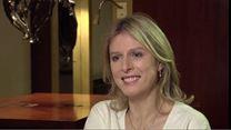 Karin Viard : le défi de tourner en langue des signes !