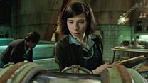 "La Forme de l'eau - The Shape of Water EXTRAIT VO ""La rencontre"""