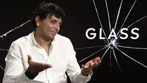 M. Night Shyamalan explique comment il a revisité deux scènes d'Incassable dans Glass