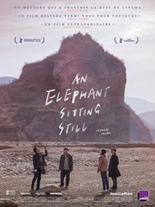 An Elephant Sitting Still Bande-annonce VO