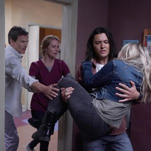 Photo Amy Acker, Blair Redford, Natalie Alyn Lind, Stephen Moyer