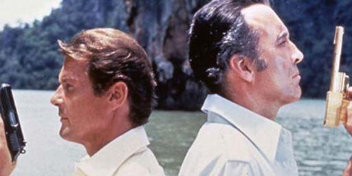 L'Homme au pistolet d'or sur France Ô : quel est le lien de parenté entre Christopher Lee et Ian Fleming ?