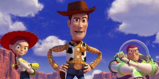 Toy Story 3 : Woody et Buzz auraient pu s'affronter dans la scène d'intro