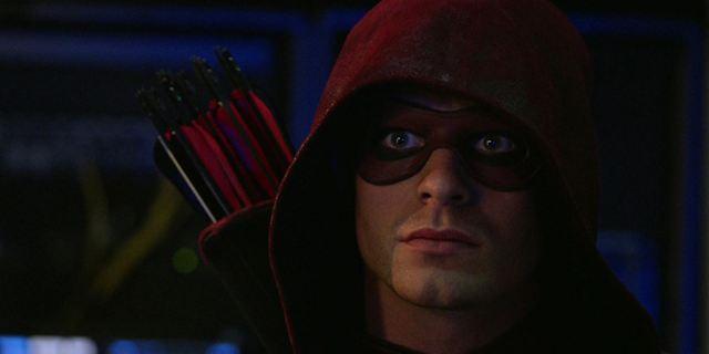 Arrow : Colton Haynes (encore) de retour dans la série