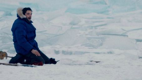 Bande-annonce Dans les forêts de Sibérie : Raphaël Personnaz s'exile loin du monde
