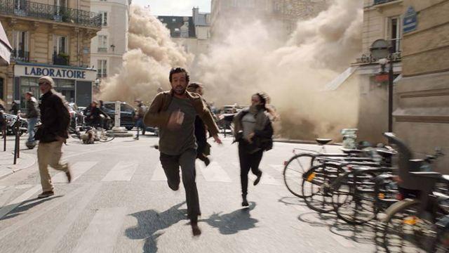"""Dans la Brume : """"Ce film est bouleversant parce qu'on peut s'identifier"""" selon Romain Duris et Olga Kurylenko"""
