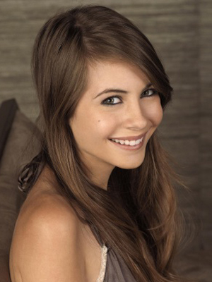 Willa Holland :... Les Anges 8 Episode 16