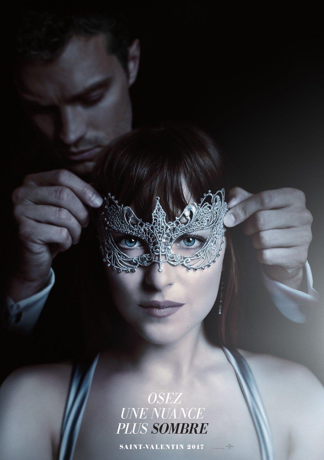 Teaser 50 nuances plus sombres feux d 39 artifice masques for Chambre 50 nuances de grey