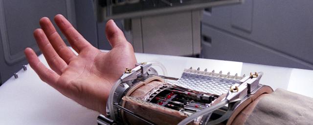 Star wars 15 personnages qui se sont fait couper un bras ou une jambe ou les deux spoilers - Couper un tonneau en deux ...