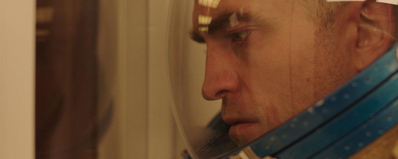 Bande-annonce High Life : Claire Denis embarque Robert Pattinson et Juliette Binoche dans l'espace