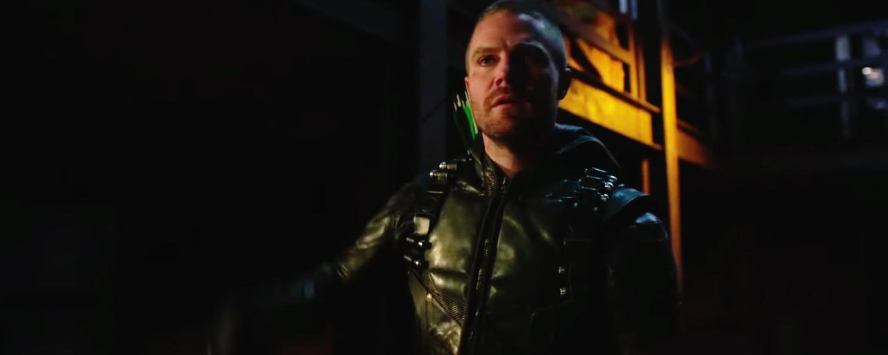 Arrow saison 7 : Oliver Queen sort de l'ombre dans le teaser de l'épisode 10