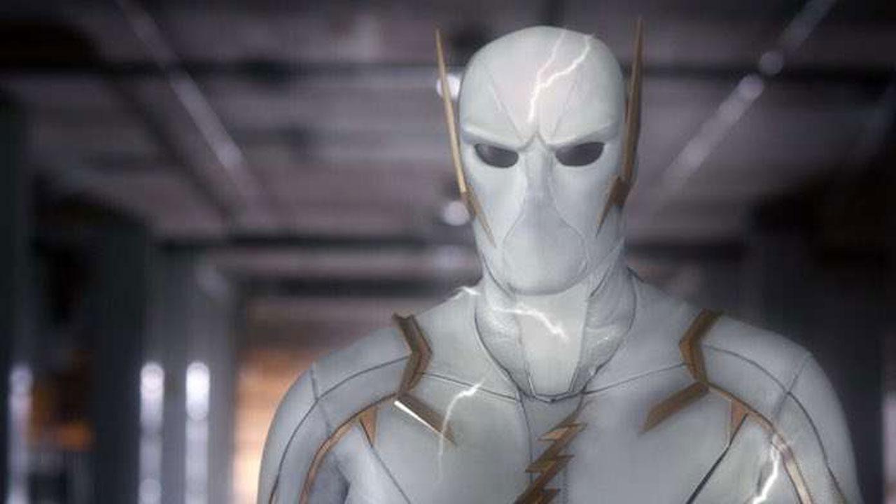 The Flash saison 5 : les premières photos de Godspeed, le nouvel ennemi du bolide écarlate
