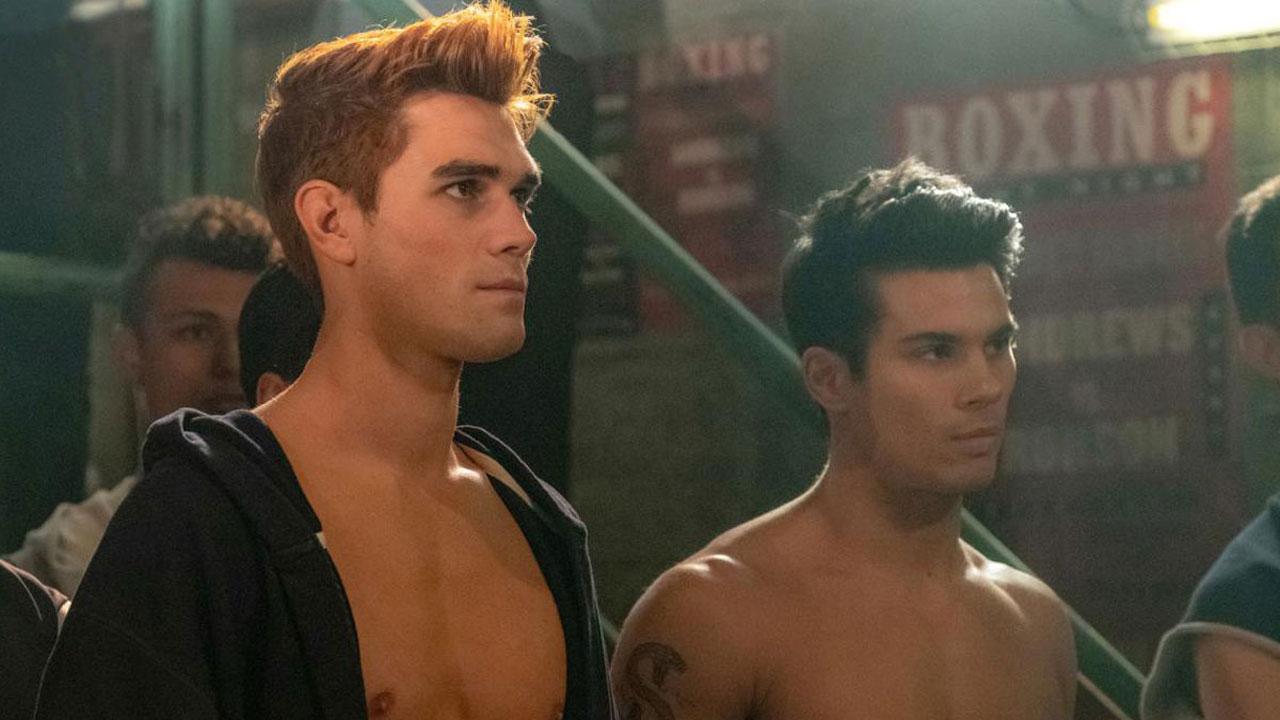 Riverdale saison 3 : Archie enlève (encore) le haut dans notre récap de l'épisode 18