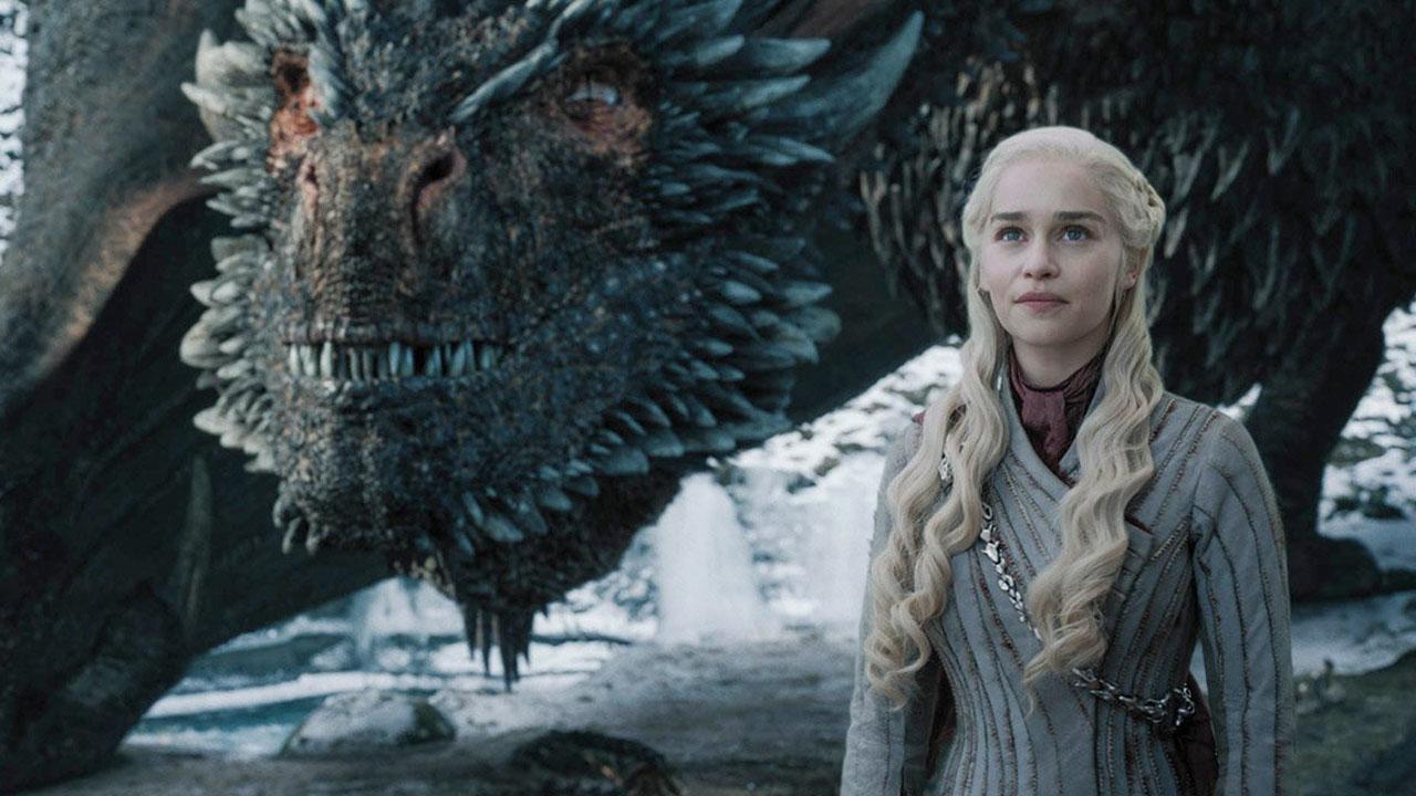 Game of Thrones saison 8 : 22 cascadeurs en feu, 650 figurants... les coulisses de l'épisode 5 [SPOILERS]