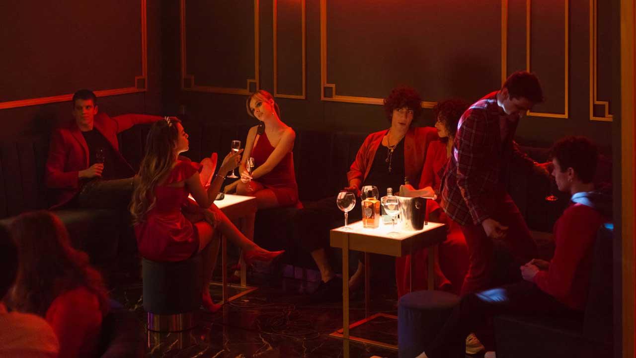 Élite saison 2 sur Netflix: Barbie dealeuse et ambiance caliente pour la bande-annonce