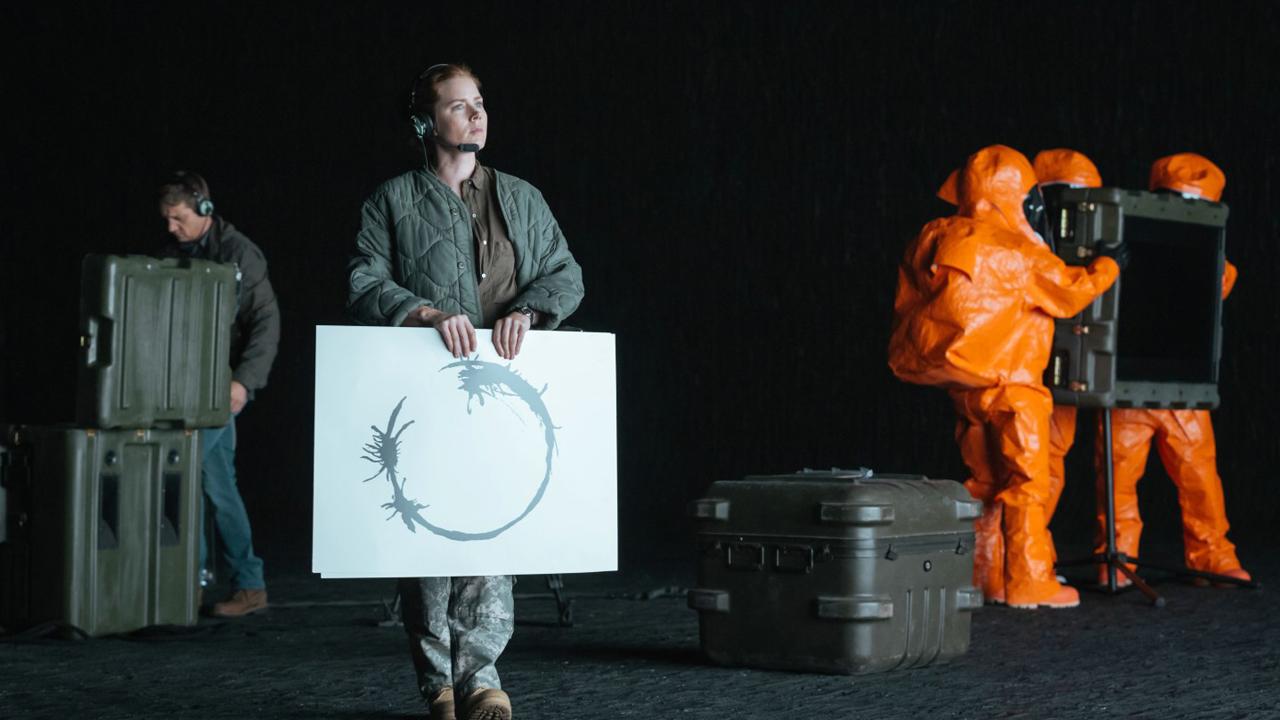 Premier contact sur Netflix : comment le langage extraterrestre a-t-il été créé ?