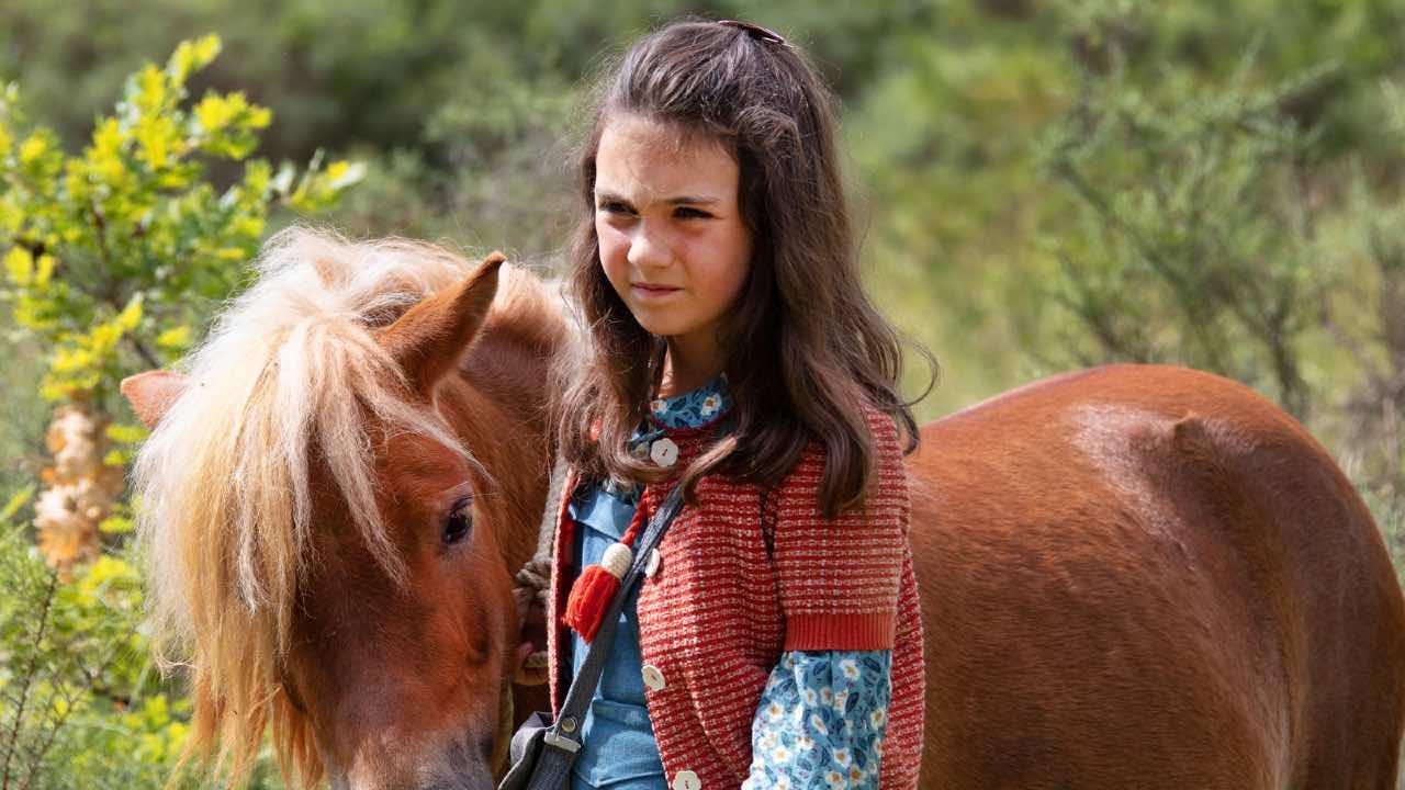 Bande-annonce Poly : après Belle et Sébastien, une incroyable histoire d'amitié entre un poney et un enfant