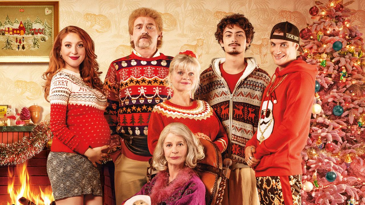 Affiche Les Tuche 4 : la famille sort ses plus beaux pulls de Noël