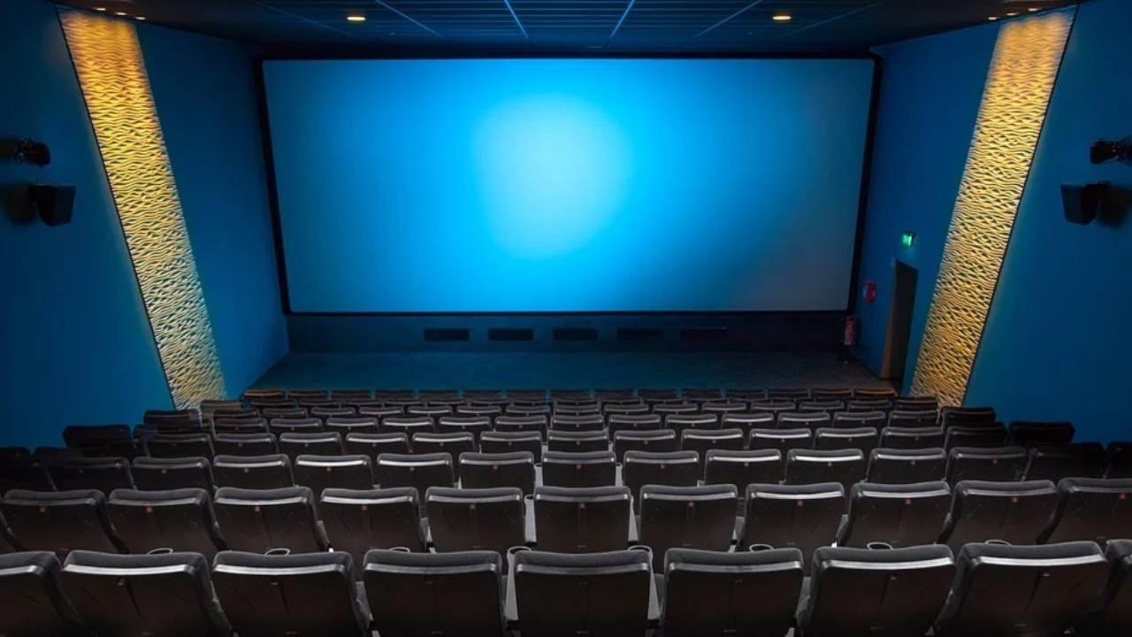 Fermeture des salles : aller au cinéma manque à 63 % des Français