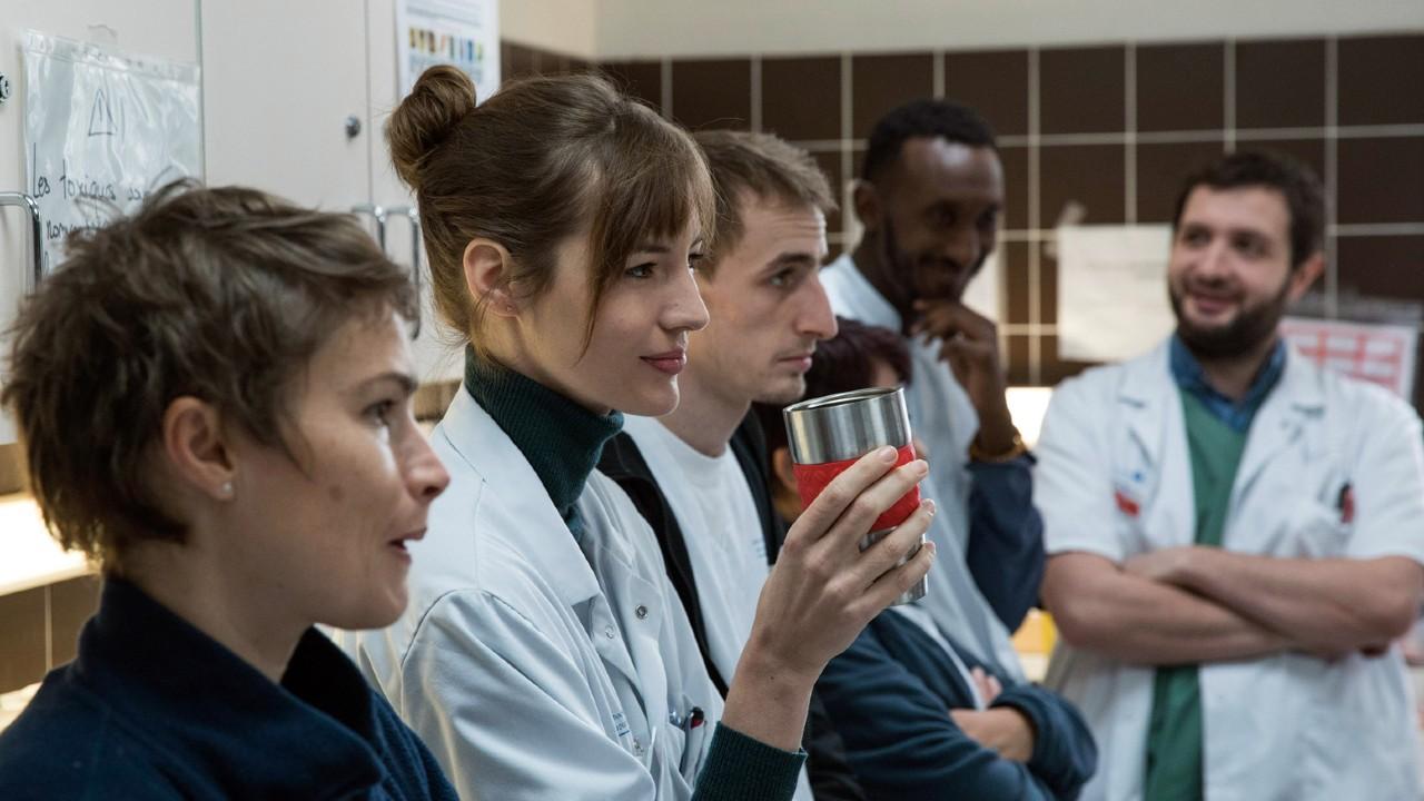 Hippocrate, l'oreille internes sur myCANAL : immersion passionnante dans le quotidien d'étudiants en médecine