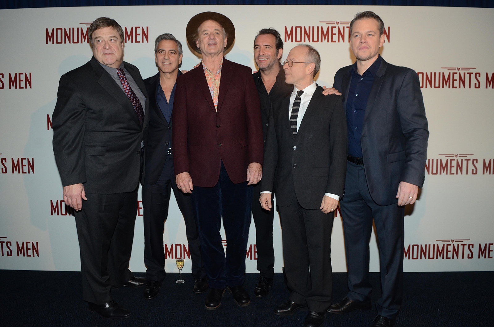 Photo promotionnelle du film monuments men photo 6 sur for Dujardin height