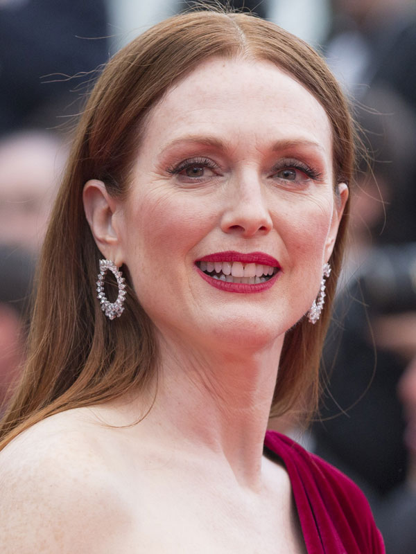 Julianne Moore - AlloC...