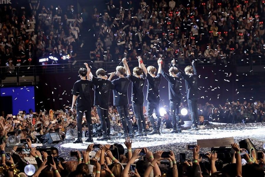 Burn the Stage: The Movie DVDRip Télécharger