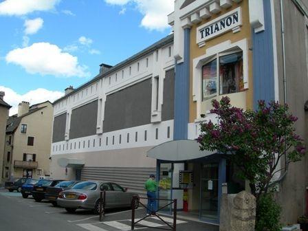 Plan d 39 acc s au cin ma trianon cinema sarl marvejols for Trianon plan salle