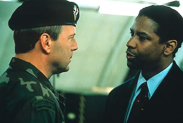 Couvre-feu : Photo Bruce Willis, Denzel Washington
