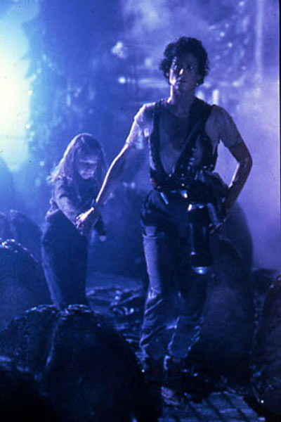 Aliens le retour : Photo Carrie Henn, Sigourney Weaver