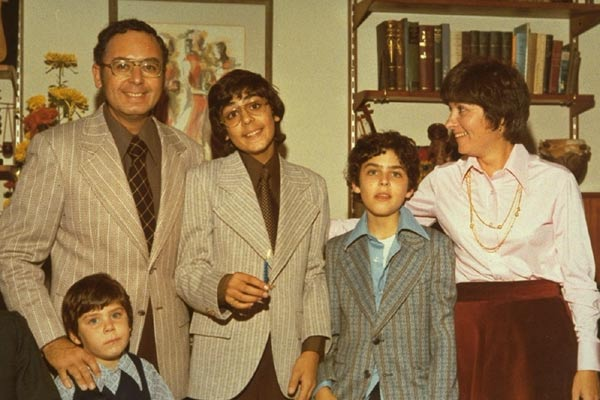 Capturing the Friedmans : photo