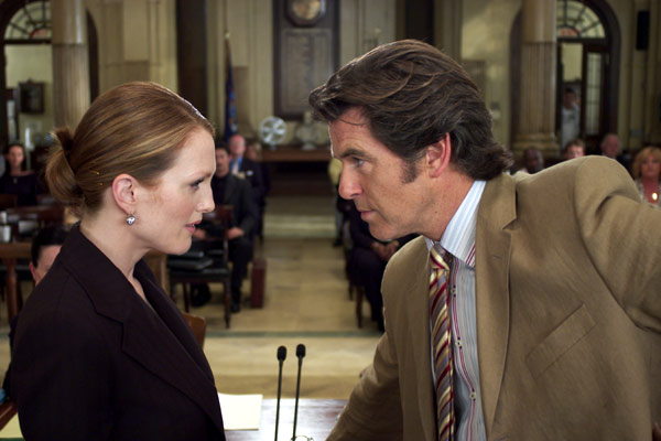 Une Affaire de coeur : Photo Julianne Moore, Peter Howitt, Pierce Brosnan