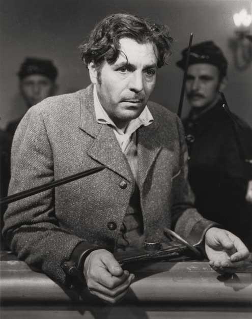 Je n'ai pas tué Lincoln : Photo John Ford, Warner Baxter