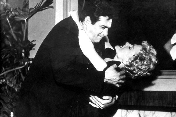 La Femme au Gardénia : Photo Anne Baxter, Fritz Lang, Raymond Burr