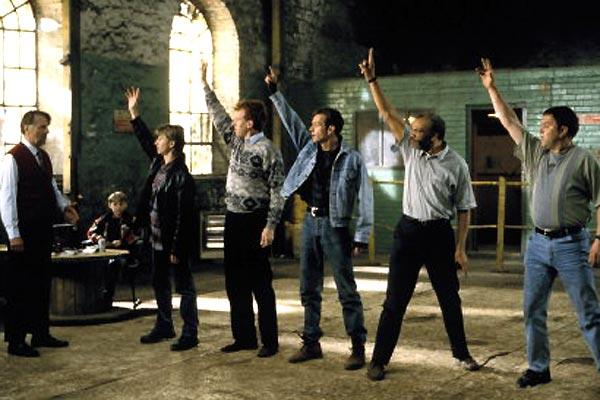 The Full Monty / Le Grand jeu : Photo Hugo Speer, Mark Addy, Paul Barber, Robert Carlyle, Steve Huison