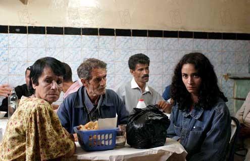Barakat! : Photo Djamila Sahraoui, Fettouma Bouamari, Rachida Brakni, Zahir Bouzerar