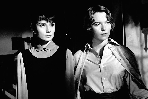 La Rumeur : Photo Audrey Hepburn, Shirley MacLaine