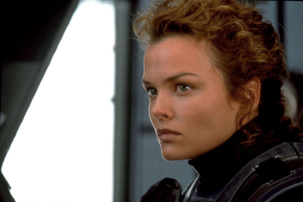 Starship Troopers : Photo Dina Meyer