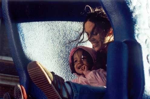 Girls in America : Photo Lori Silverbush, Paola Mendoza