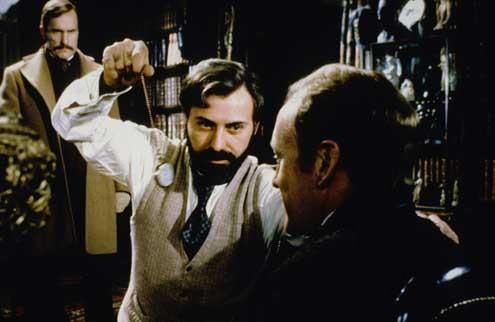 Sherlock Holmes attaque l'Orient Express : Photo Alan Arkin, Herbert Ross