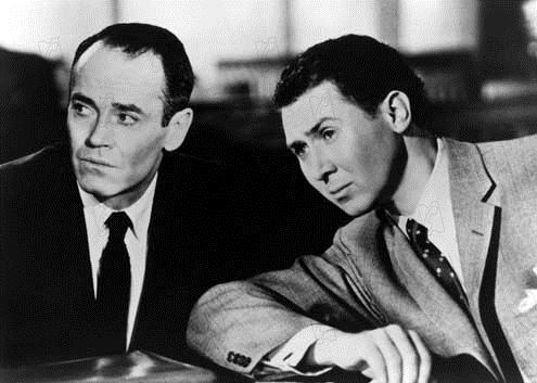 Le Faux Coupable : Photo Anthony Quayle, Henry Fonda
