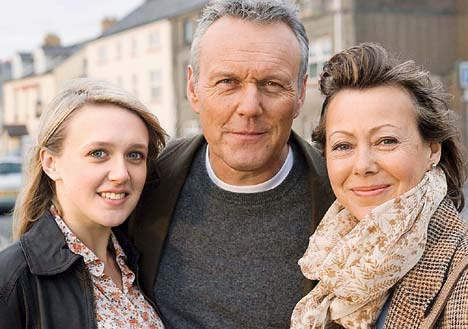 The Invisibles : Photo Anthony Head, Emily Head, Jenny Agutter