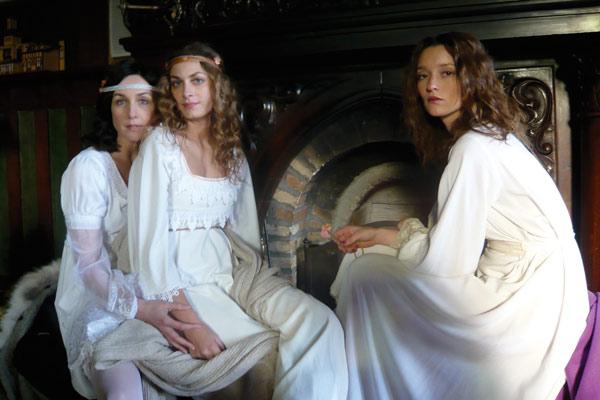 La Maison Nucingen : Photo Audrey Marnay, Elsa Zylberstein, Laure De Clermont-Tonnerre, Raoul Ruiz