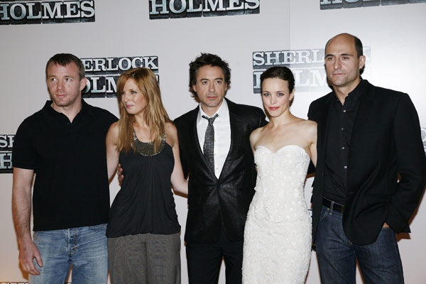 Sherlock Holmes : Photo promotionnelle Guy Ritchie, Kelly Reilly, Mark Strong, Rachel McAdams, Robert Downey Jr.