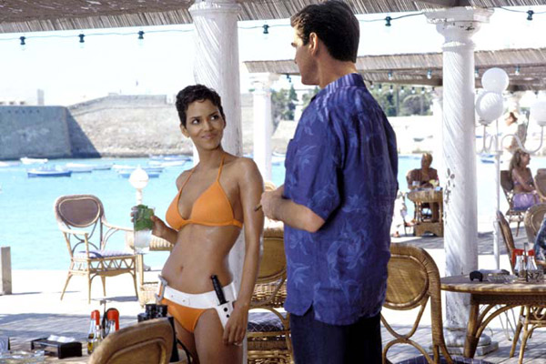 Meurs un autre jour : Photo Halle Berry, Lee Tamahori, Pierce Brosnan