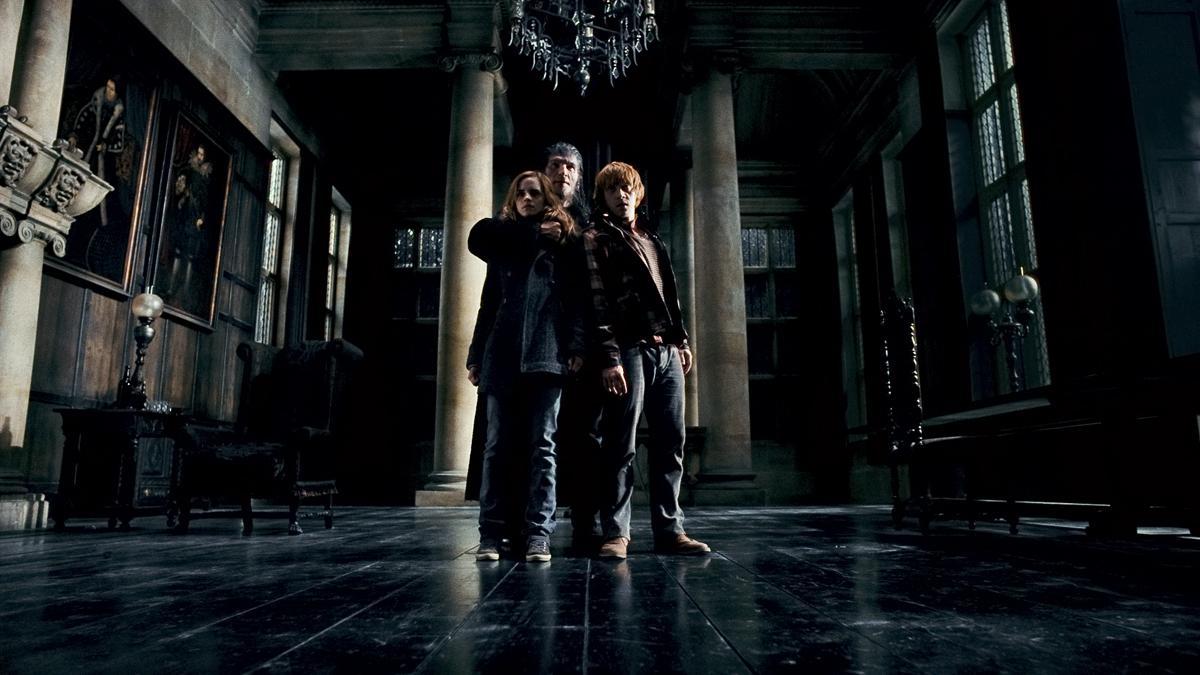 Harry Potter et les reliques de la mort - partie 1 : Photo Dave Legeno, Emma Watson, Rupert Grint