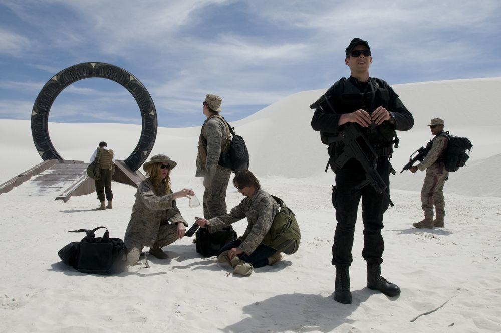 Stargate Universe : Photo Brian J. Smith, Jamil Walker Smith, Robert Carlyle