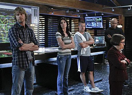 Photo Chris O'Donnell, Daniela Ruah, Eric Christian Olsen, Linda Hunt, LL Cool J