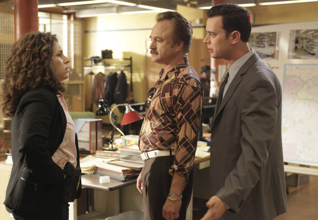 The Good Guys : Photo Bradley Whitford, Colin Hanks, Diana Maria Riva