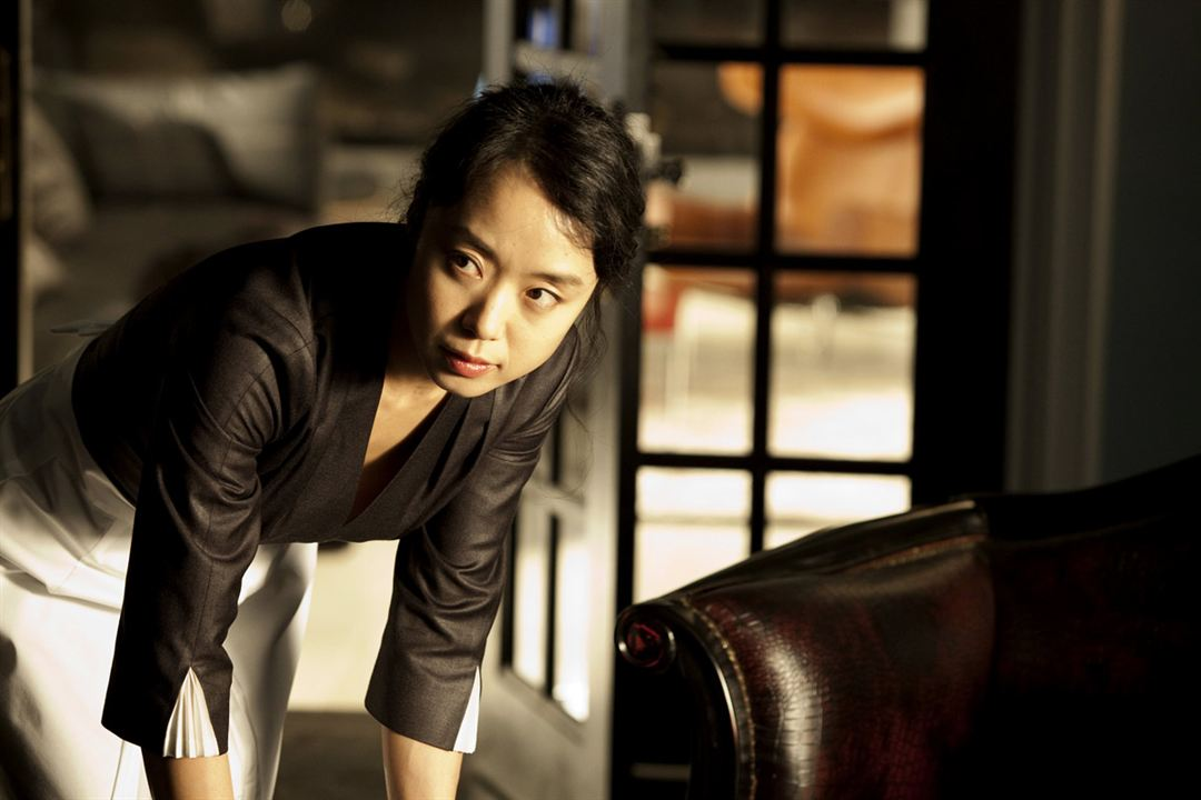 The Housemaid : Photo Im Sang-soo, Jeon Do-Yeon
